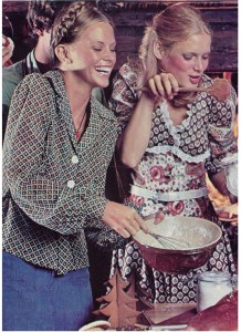 Vintage 1973 Country Christmas fashion
